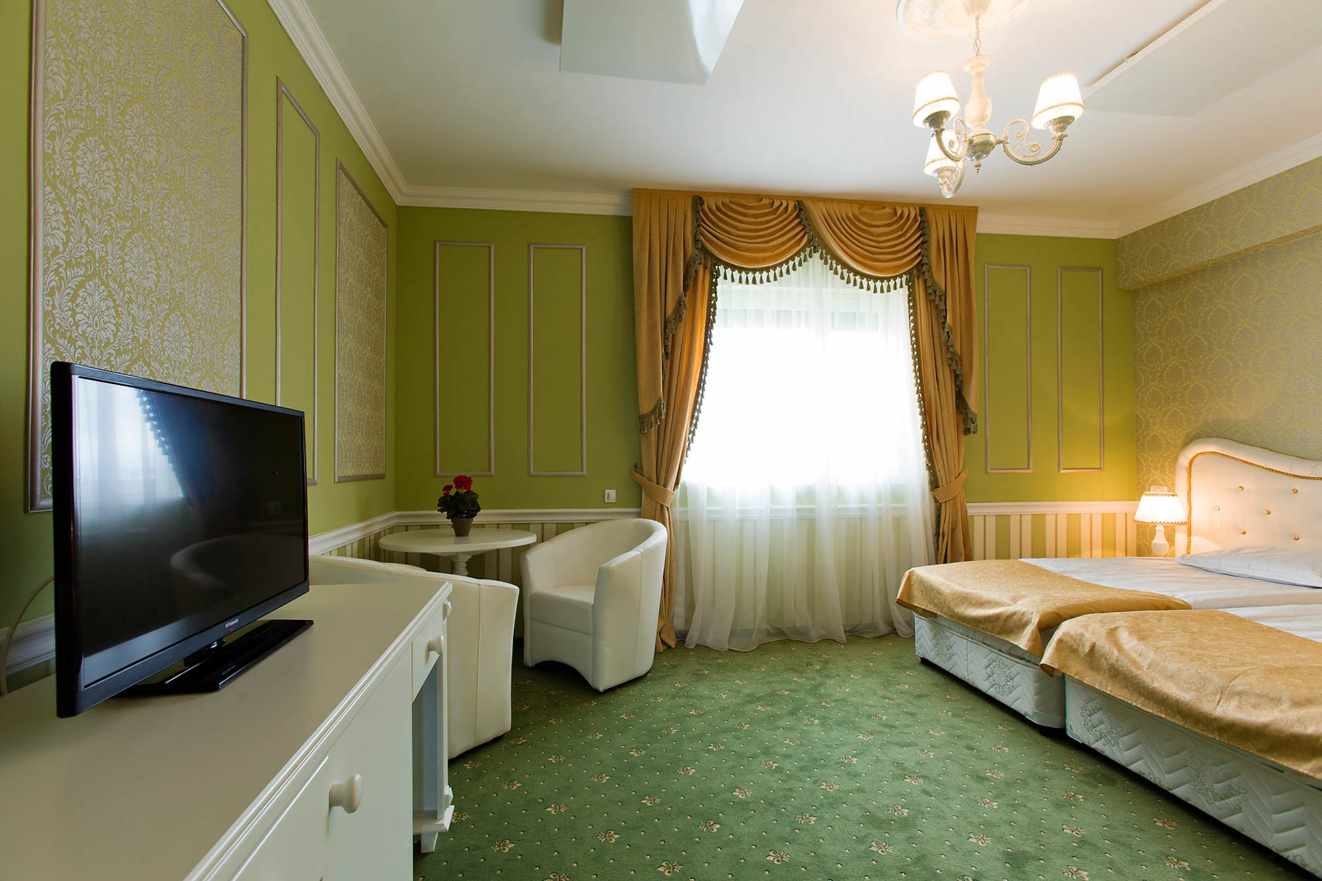 Accommodation Brasov - The Covasna Room